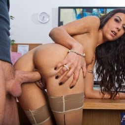 Lou Charmelle in 'Naughty America' and Alec Knight in Naughty Office (Thumbnail 7)