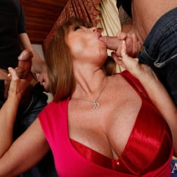 Darla Crane in 'Naughty America' Darla Crane, Alan Stafford and Ryan Driller in My Friends Hot Mom (Thumbnail 4)