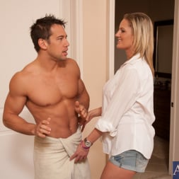 Zoe Holiday in 'Naughty America' and Johnny Castle in My Dad's Hot Girlfriend (Thumbnail 2)