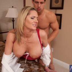 Zoe Holiday in 'Naughty America' and Johnny Castle in My Dad's Hot Girlfriend (Thumbnail 5)
