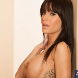 Gia DiMarco in 'Naughty America' and John Strong in I Have a Wife (Thumbnail 1)