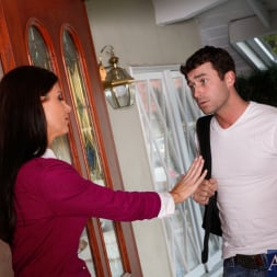 India Summer in 'Naughty America' and James Deen in My Friends Hot Mom (Thumbnail 2)