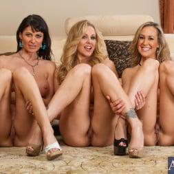 Brandi Love in 'Naughty America' My Friends Hot Mom (Thumbnail 1)