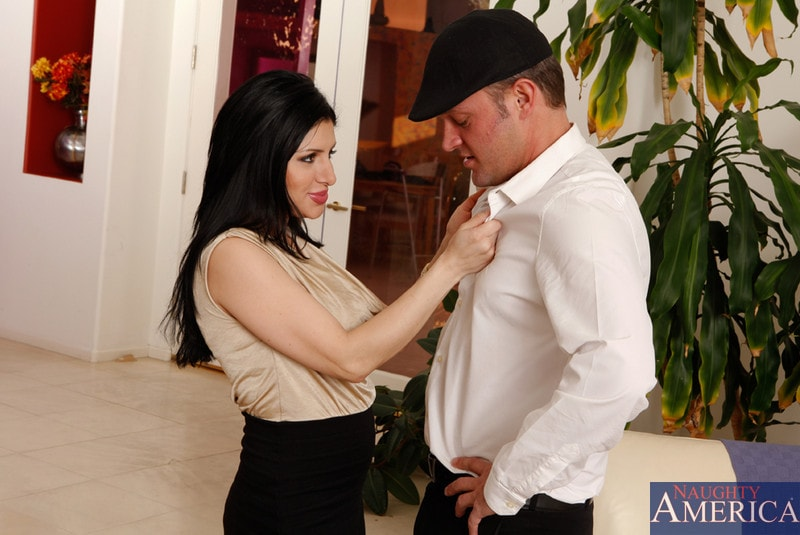 Naughty America 'and Alec Knight in Latin Adultery' starring Sativa Rose (Photo 3)