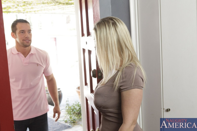 Naughty America 'and Johnny Castle in My Friends Hot Mom' starring Devon Lee (Photo 1)
