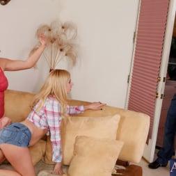 Krissy Lynn in 'Naughty America' 2 Chicks Same Time (Thumbnail 3)
