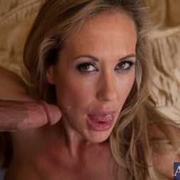 Brandi Love in 'Naughty America' and Bill Bailey in Seduced by a cougar (Thumbnail 11)