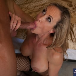 Brandi Love in 'Naughty America' and Bill Bailey in Seduced by a cougar (Thumbnail 14)