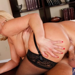Mellanie Monroe in 'Naughty America' and Bill Bailey in My First Sex Teacher (Thumbnail 10)