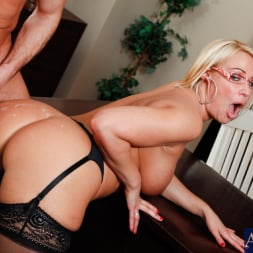 Mellanie Monroe in 'Naughty America' and Bill Bailey in My First Sex Teacher (Thumbnail 12)