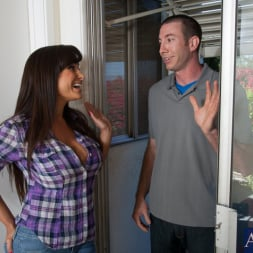 Lisa Ann in 'Naughty America' and Jordan Ash in My Friends Hot Mom (Thumbnail 1)