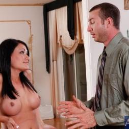 Ashli Ames in 'Naughty America' and Jordan Ash in Neighbor Affair (Thumbnail 3)