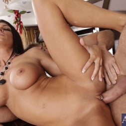 Jessica Jaymes in 'Naughty America' and Justin Magnum in My Wife's Hot Friend (Thumbnail 15)