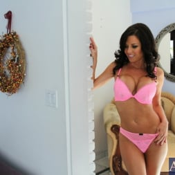 Veronica Avluv in 'Naughty America' and Johnny Castle in My Friend's Hot Girl (Thumbnail 2)