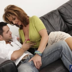 Deauxma in 'Naughty America' and Kris Slater in Seduced by a cougar (Thumbnail 3)
