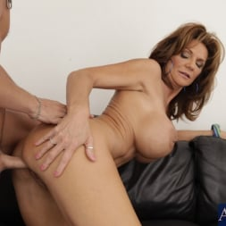 Deauxma in 'Naughty America' and Kris Slater in Seduced by a cougar (Thumbnail 6)