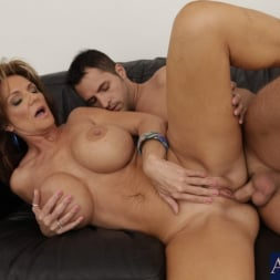 Deauxma in 'Naughty America' and Kris Slater in Seduced by a cougar (Thumbnail 9)