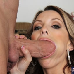Courtney Cummz in 'Naughty America' and Billy Glide in My Friend's Hot Girl (Thumbnail 12)