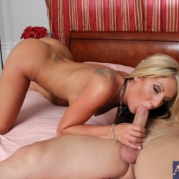 Holly Taylor in 'Naughty America' and Johnny Castle in My Sisters Hot Friend (Thumbnail 7)