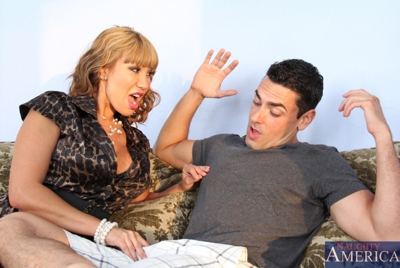 Naughty America 'and Ryan Driller in My Friends Hot Mom' starring Ava Devine (Photo 3)