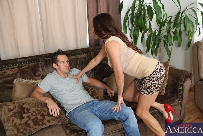 Naughty America 'and Johnny Castle in My Friends Hot Mom' starring Michelle Lay (Photo 1)