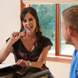 Kendra Lust in 'Naughty America' and Bill Bailey in Seduced by a cougar (Thumbnail 1)