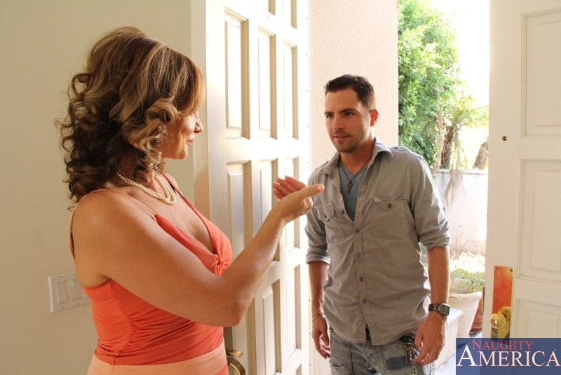 Naughty America 'and Kris Slater in My Friends Hot Mom' starring Rebecca Bardoux (Photo 1)