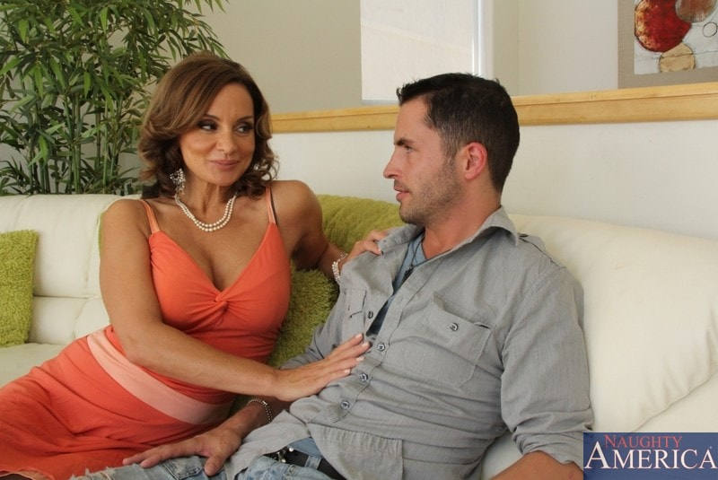 Naughty America 'and Kris Slater in My Friends Hot Mom' starring Rebecca Bardoux (Photo 2)