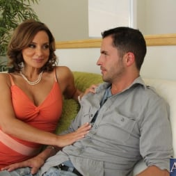 Rebecca Bardoux in 'Naughty America' and Kris Slater in My Friends Hot Mom (Thumbnail 2)