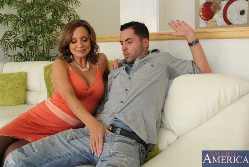 Naughty America 'and Kris Slater in My Friends Hot Mom' starring Rebecca Bardoux (Photo 3)