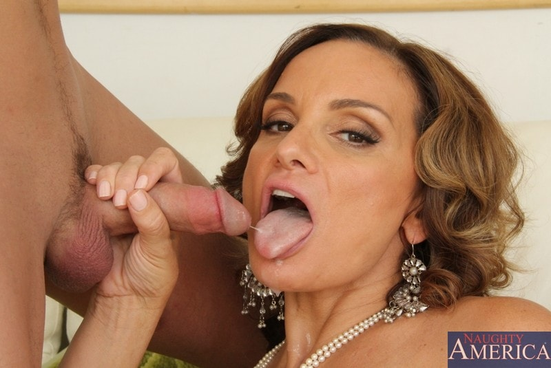 Naughty America 'and Kris Slater in My Friends Hot Mom' starring Rebecca Bardoux (Photo 14)
