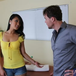 Evelyn Lin in 'Naughty America' and Justin Magnum in My Naughty Massage (Thumbnail 1)