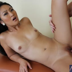 Evelyn Lin in 'Naughty America' and Justin Magnum in My Naughty Massage (Thumbnail 14)