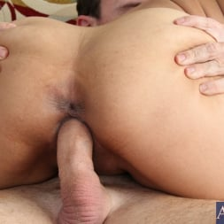 Bianca Mendoza in 'Naughty America' and Justin Magnum in Latin Adultery (Thumbnail 9)