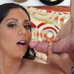 Bianca Mendoza in 'Naughty America' and Justin Magnum in Latin Adultery (Thumbnail 15)