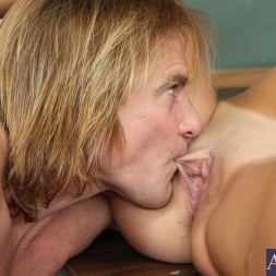 Dillion Harper in 'Naughty America' and Evan Stone in Naughty Bookworms (Thumbnail 6)
