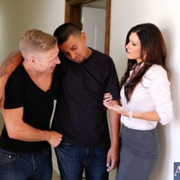 India Summer in 'Naughty America' and Michael Vegas in My Friends Hot Mom (Thumbnail 1)