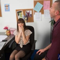 Dana DeArmond in 'Naughty America' and Jordan Ash in Naughty Office (Thumbnail 2)