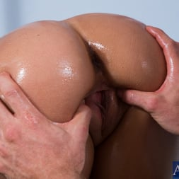 Jynx Maze in 'Naughty America' and Jordan Ash in Ass Masterpiece (Thumbnail 2)
