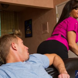 Lisa Ann in 'Naughty America' and Bill Bailey in Seduced by a cougar (Thumbnail 2)