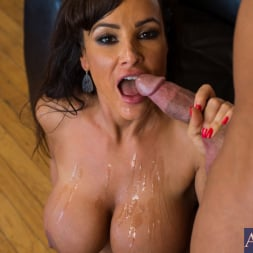 Lisa Ann in 'Naughty America' and Bill Bailey in Seduced by a cougar (Thumbnail 10)