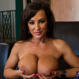 Lisa Ann in 'Naughty America' and Bill Bailey in Seduced by a cougar (Thumbnail 11)
