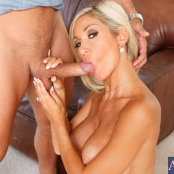 Evita Pozzi in 'Naughty America' and Mick Blue in My Wife's Hot Friend (Thumbnail 6)