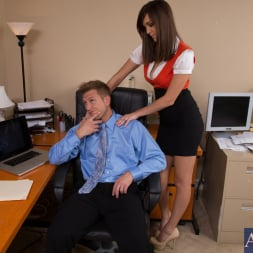 Holly Michaels in 'Naughty America' and Bill Bailey in Naughty Office (Thumbnail 2)