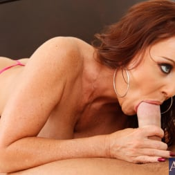 Janet Mason in 'Naughty America' and Chad White in Seduced by a cougar (Thumbnail 4)