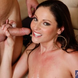Samantha Ryan in 'Naughty America' and Michael Vegas in My Friends Hot Mom (Thumbnail 11)