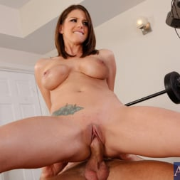 Brooklyn Chase in 'Naughty America' and Bill Bailey in My Girlfriend's Busty Friend (Thumbnail 14)