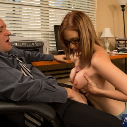 Izzy Taylor in 'Naughty America' and Alec Knight in Naughty Bookworms (Thumbnail 6)