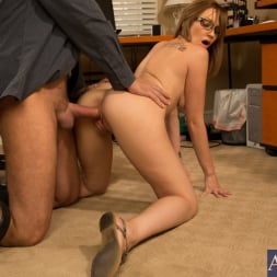 Izzy Taylor in 'Naughty America' and Alec Knight in Naughty Bookworms (Thumbnail 10)