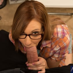 Izzy Taylor in 'Naughty America' and Alec Knight in Naughty Bookworms (Thumbnail 12)